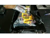 STANLEY FATMAX 710W PENDULUM JIGSAW IN CASE.BRAND NEW UNUSED WITH EXTRA BLADES.