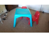 Early Learning Centre Childrens play table with two chairs