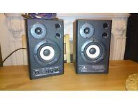 Behringer studio monitors active ms20