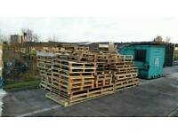 Used unwanted pallets odd sizes IDEAL FOR FIRE WOOD.