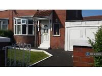 3 bedroom house in Thirmere Drive, Manchester, M38 (3 bed)