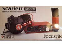 Focusrite Scarlett Studio Recording Package (2i2)