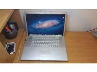 Macbook 17 inch Pro apple laptop 500gb hard drive 3gb ram pro memory in full working order