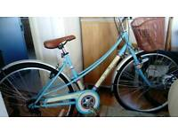 Lovely ladies bike. Brand new with lovely features and style