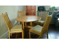 New Gorgeous soild real oak kicthen room table and chairs