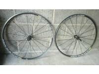 Mavic aksuim Road bike wheelset