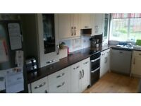 Fitted Kitchen. Creme and Wooden Effect. Good Condition.