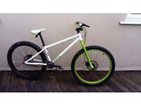 Voodoo shango jump bike new condition