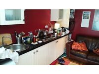 DBL ROOM OFFERED FLAT SHARE £359 INC BILLS CENTRAL CHORLTON offered by FRIENDLY PROF GUY WI FI NS