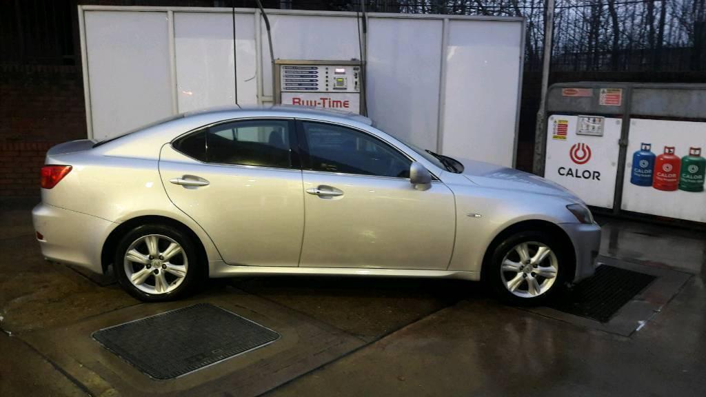 Lexus is 220d 2007 quick sale px