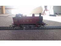 Hornby 00 gauge R52 7606 LMS tank locomotive