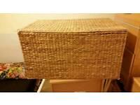 Straw storage box