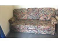 Floral retro vintage sofa 3 peice home furniture conservatory man cave beer garden couch potatoe