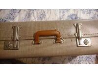 Original vintage suitcase, great condition.