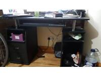 Great office desk with chair