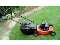 SOVEREIGN BRIGGS AND STRATTON 450 SERIES 148cc PETROL MOWER