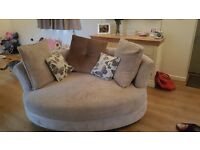 Lovely corner sofa for sale in good condition