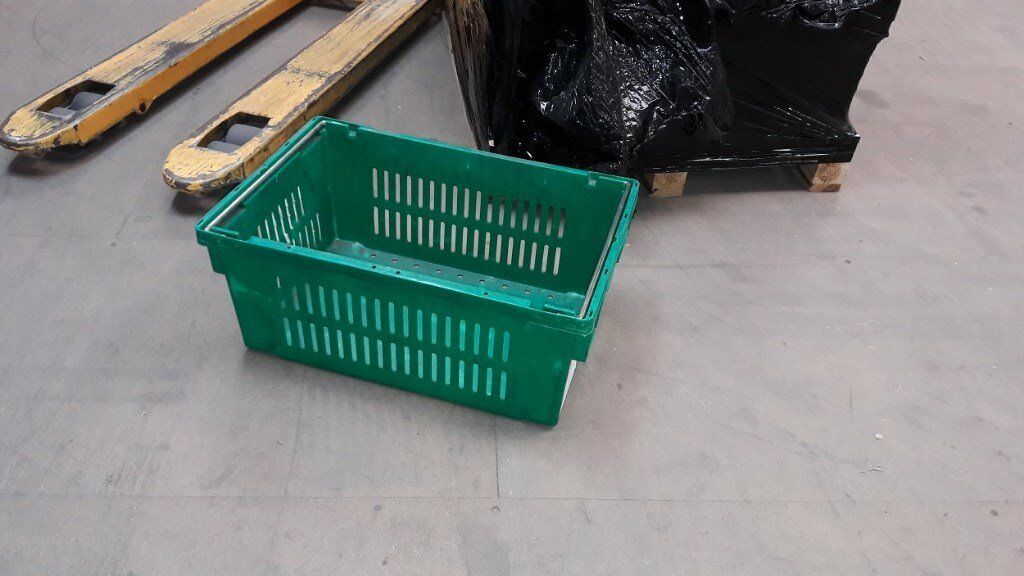 Green stackable storrage containers