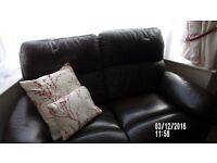 lether 2 sofa exalant condishion