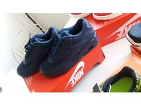 NIKE AIR MAX BRAND NEW TRAINERS
