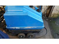 NOVA WESLEY INDUSTRIAL/COMMERCIAL DIESEL POWER WASHER FULLY SERVICED £495