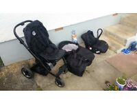 Oyster Travel System - Stroller, Carry cot and car seat - Good condition