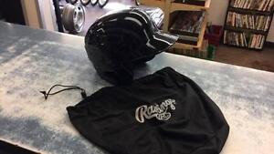 Casque de baseball de marque Rawling modèle S100 avec pochette en superbe état