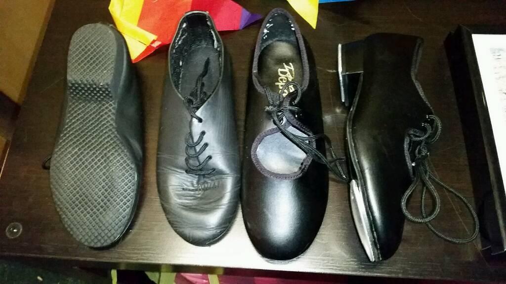 Girls dancing shoes