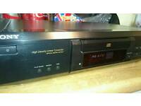 SONY CD PLAYER optical out - like new!