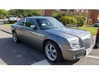 Chrysler 300C 3.0 CRD, 2 sets of Rims & Tyres: 18R and 20R + Private Numbers, MOT till 02.2019