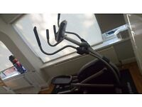 Elliptical Cross Trainer Proform 605ZLE BARELY USED CONDITION