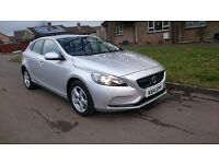 VOLVO V40 2.0 TD D3 SE Geartronic 5dr (start/stop) with additional Winter Pack.
