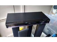 Toshiba XD-E500 DVD cinema system Dolby 5.1