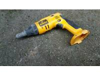 Dewalt drywall gun with nossol to adjust deep off screew!can deliver or post