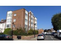 FULLY FURNISHED THREE BED FLAT TO LET IN SOUTHSEA £875 PCM