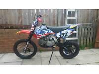 Stomp YX140 Pit bike