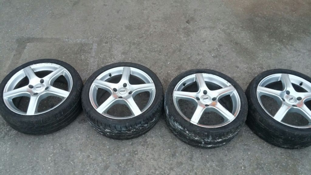 TSW ALLOY WHEELS 215 /40/17 (NO 8)