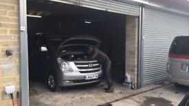 MECHANIC WANTED EITHER TO PARTNER UP OR TO MANAGE GARAGE MUST HAVE EXCELLENT EXPERIANCE