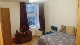 Fantastic 2x 4 rooms apartment (8 rooms +2 kitchens +2 bathrooms) £225 p/wk