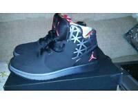 Jordan 1 Flight 3 Black size 8.5 like new