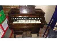 Harmonium/pump organ