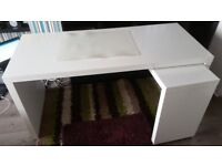 White glossy Computer Table