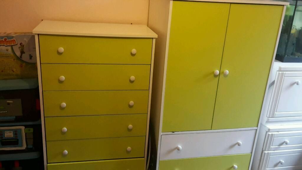 Children's wardrobe and draws