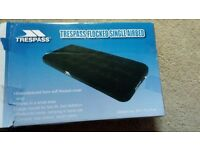 Trespass single air mattress, used once!