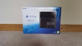 PlayStation 4 1Tb Edition with games and extra controller