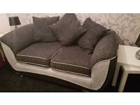 ScS 2 seater sofa with snuggle chair