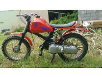 CHILDS motorcycle. Honda. twist + go. 50c. suit age 7-11