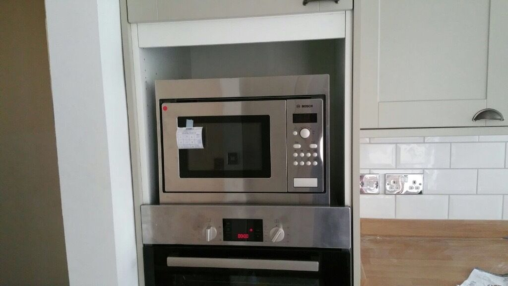 Bosch Integrated Microwave Brand New In Reading