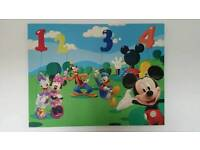 XL Mickey Mouse And Friends Canvas