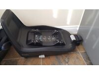 Maxi cosi pebble car seat and isofix base in good condition. Will sell seperately if needed..